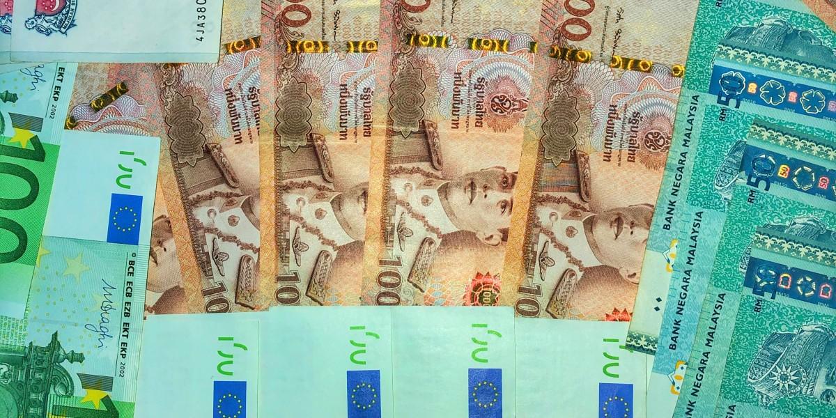 Baht Geld Währungen Kohle Zaster Schotter Thailand