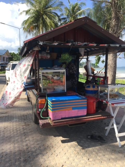 Garküche auf dem Pick up Chumphon Thailand