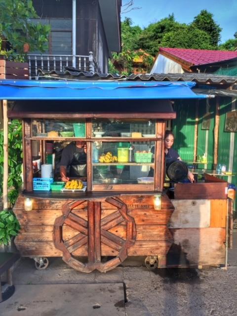 Soloselbständig Rotiladen Chumphon Thailand