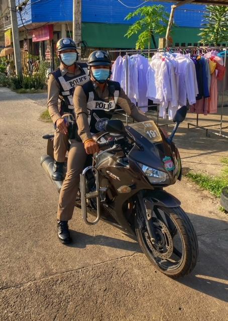 Straßenverkehr Thailand Polizisten, same same thailand