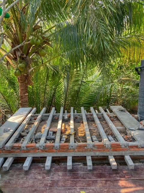 Plattform im Bau, Chumphon, Thailand, Baan Metawi