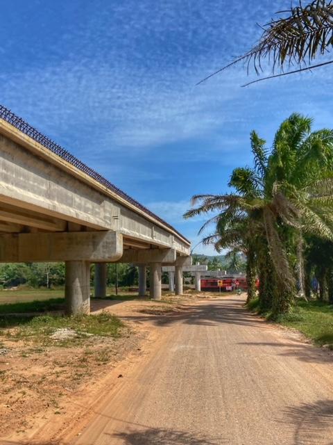 Neue Infrastruktur Brückenbau Chumphon
