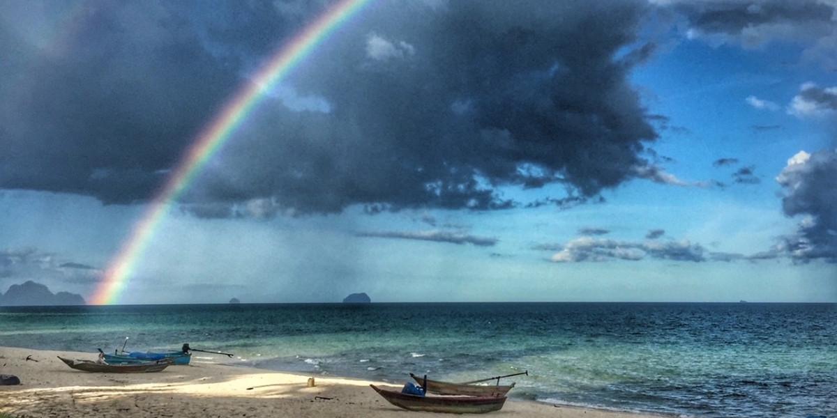 Traumstrand Regenbogen Chumphon Thailand