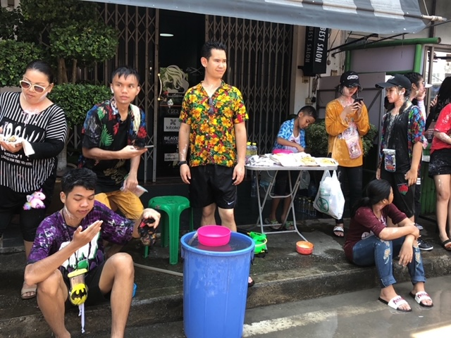 April Sommer Songkran Thailand