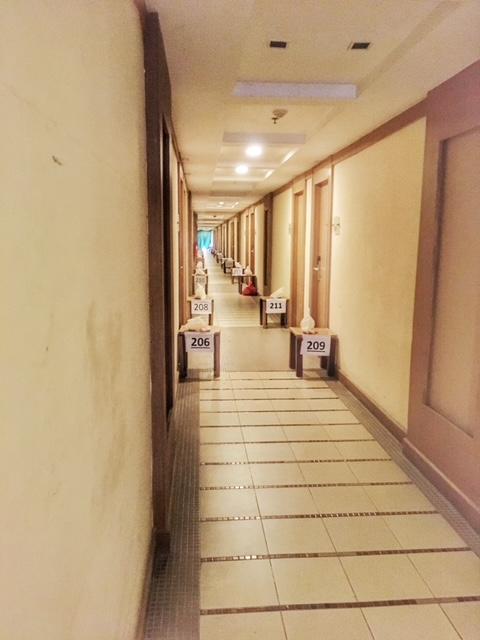 Quarantäne Hotel Gang Reise nach Thailand