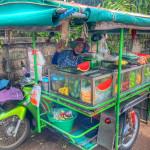 Saläng in Thailand, ein Moped mit Beiwagen
