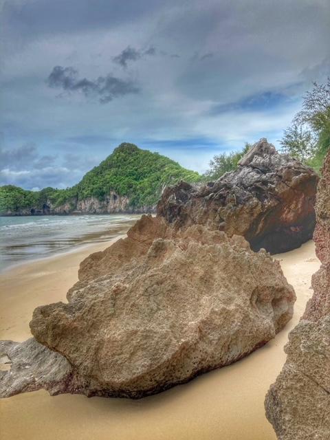 Strand Felsen Bucht Chumphon Thailand