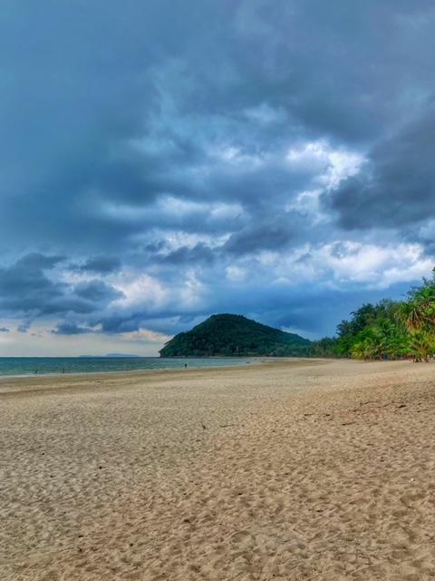 Traumstrand, menschenleer Chumphon Thailand