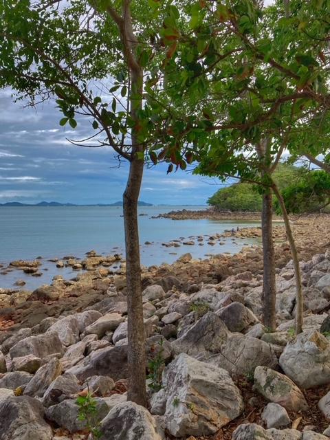 kein Sandstrand zum Baden in Thailand