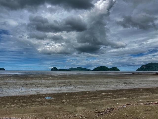 nicht der schönste Strand in Thailand