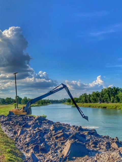 Infrastruktur Thailand, Hochwasserschutz Ausbaggern Kanal