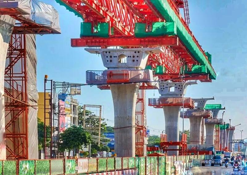 Infrastruktur neue Hochbahn Bangkok Thailand